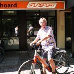 Bürgermeister mit Dienstrad von FUNSPORT